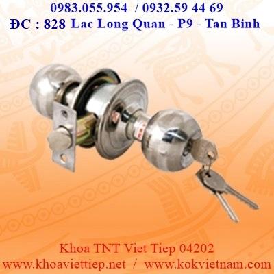 Khoa Tay Nam Tron Viet Tiep 04202