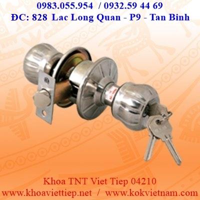 Khoa Tay Nam Tron Viet Tiep 04210