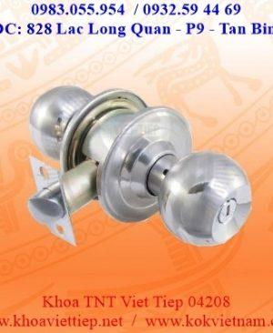 Khoa Tay Nam Tron WC Viet Tiep 04208